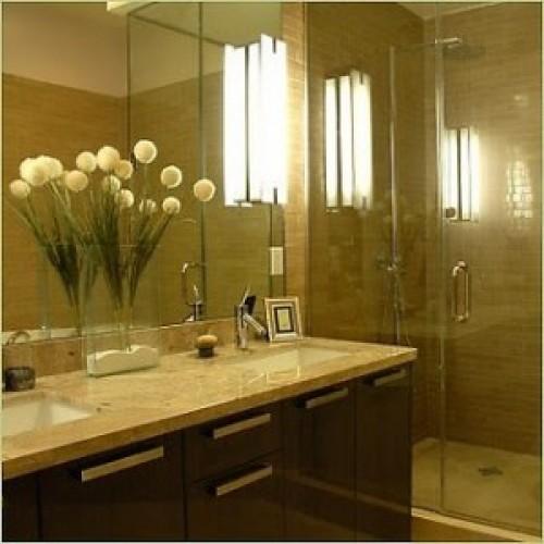 Bring Life to a Small Bathroom Design