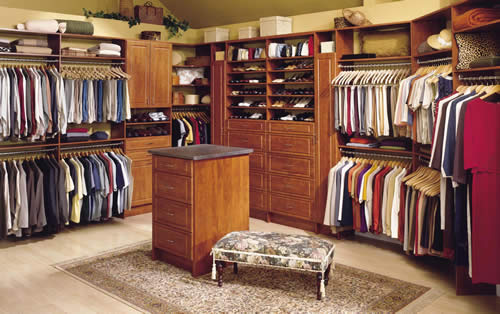 Custom-Closet with Island