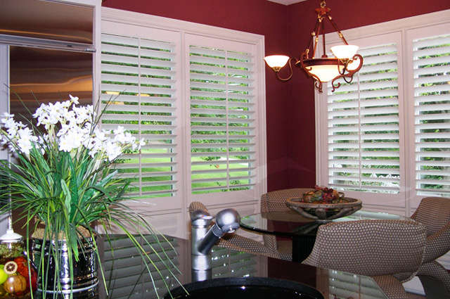 Horizon plantation shutters