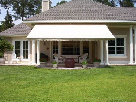 photo credit: General awnings