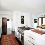 Steal This Look: 9 Easy Design Ideas from Christina Applegate's Modern Kitchen