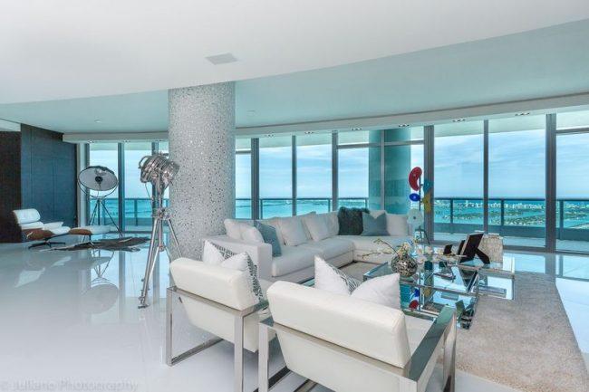 condo - living room - beach view