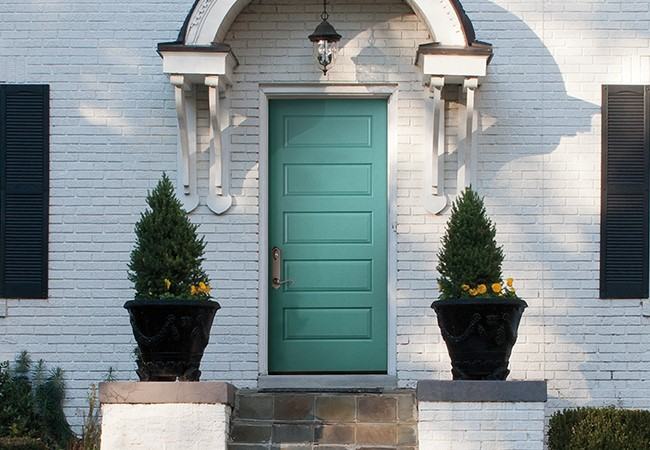 5 Panel smooth solid door.