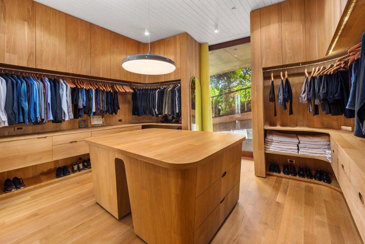 1111 Lincoln road - master walk in closet