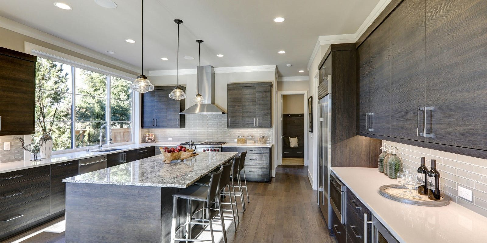 Slider – Gray Modern Kitchen