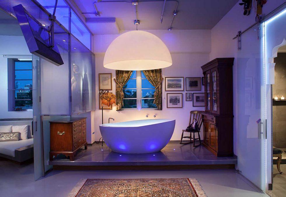 Lenox Loft - soaking tub