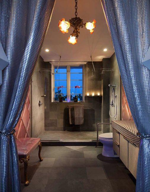 Lenox condo bathroom